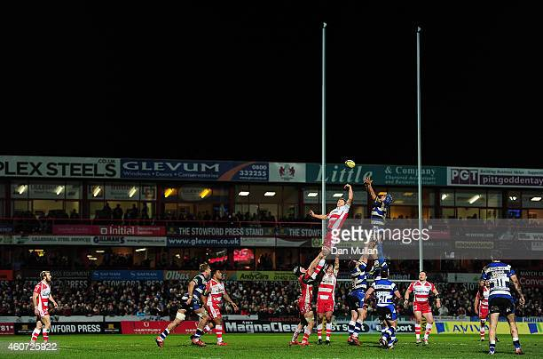 A general view of the line out during the Aviva Premiership match between Gloucester Rugby and Bath Rugby at Kingsholm Stadium on December 20 2014 in...