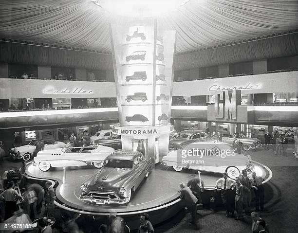 A general view of the main exhibit at the general motors 1950 automobile show which opens at the Waldorf Astoria tomorrow Dominating the scene here...
