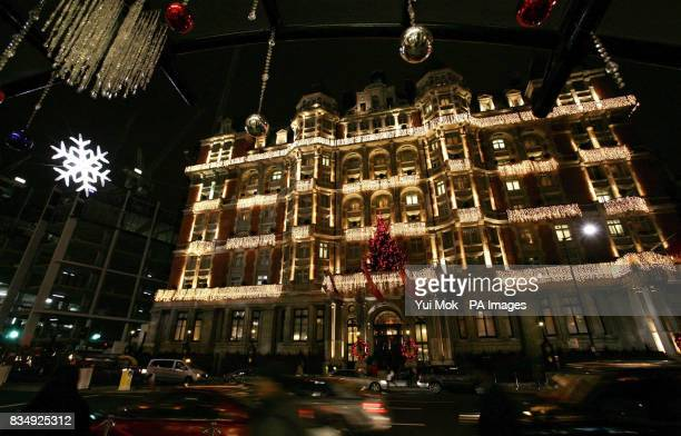 A general view of the Mandarin Oriental in Knightsbridge showing the five metre high Swarovski Crystal Snowflake in central London