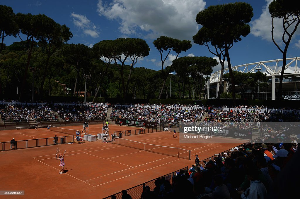 A general view of the match between <a gi-track='captionPersonalityLinkClicked' href=/galleries/search?phrase=Paula+Ormaechea&family=editorial&specificpeople=8801820 ng-click='$event.stopPropagation()'>Paula Ormaechea</a> of Argentina and <a gi-track='captionPersonalityLinkClicked' href=/galleries/search?phrase=Agnieszka+Radwanska&family=editorial&specificpeople=579516 ng-click='$event.stopPropagation()'>Agnieszka Radwanska</a> of Poland during day 4 of the Internazionali BNL d'Italia 2014 on May 14, 2014 in Rome, Italy.