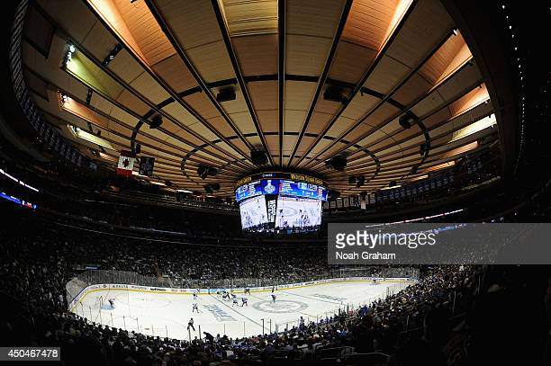 A general view of the New York Rangers and the Los Angeles Kings as they face off in the first period of Game Four of the 2014 Stanley Cup Final at...