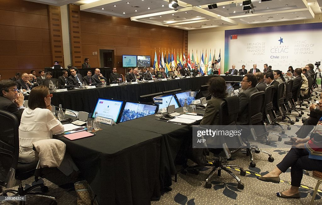 General view of the opening of the Community of Latin American and Caribbean States (CELAC) summit on December 14, 2012 in Valparaiso, Chile. AFP PHOTO / Claudio SANTANA