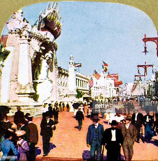 General view of the Pike at the World Fair St Louis Missouri USA 1904 Stereoscopic card Detail