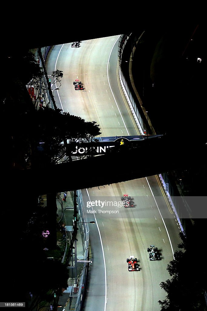 A general view of the race in progress during the Singapore Formula One Grand Prix at Marina Bay Street Circuit on September 22, 2013 in Singapore, Singapore.