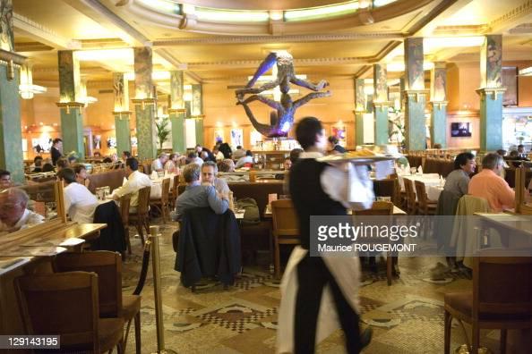 Brasserie fotograf as e im genes de stock getty images - Brasserie lutetia menu ...
