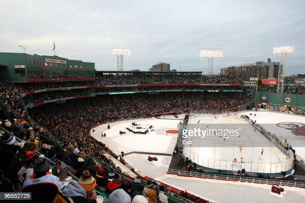 A general view of the rink is seen during the game between the Philadelphia Flyers and the Boston Bruins during the 2010 Bridgestone Winter Classic...