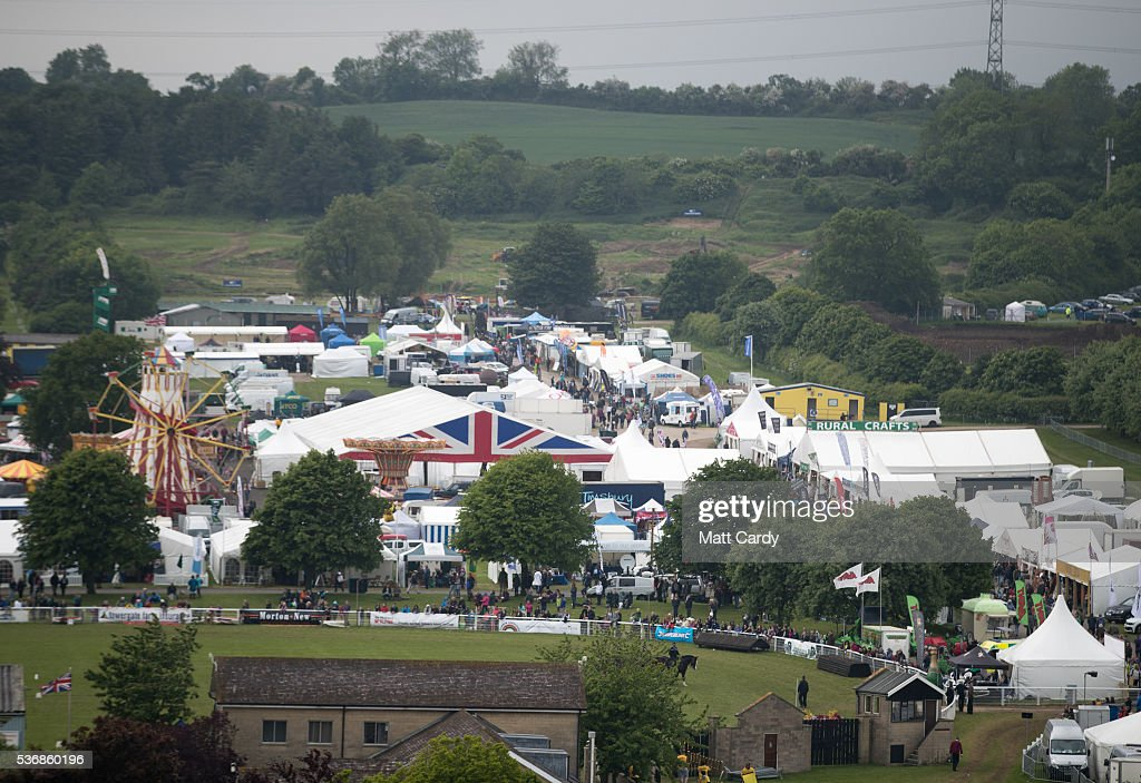 Trade Stands Glastonbury : The annual bath and wells show one of oldest