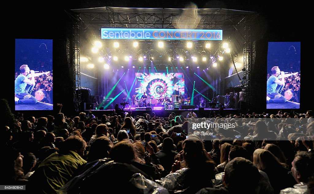 A general view of the stage as Coldplay perform during the Sentebale Concert at Kensington Palace on June 28, 2016 in London, England. Sentebale was founded by Prince Harry and Prince Seeiso of Lesotho over ten years ago. It helps the vulnerable and HIV positive children of Lesotho and Botswana.