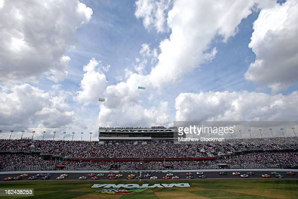 A general view of the start as Trevor Bayne driver of the Cargill Ford is in the pole position during the NASCAR Nationwide Series DRIVE4COPD 300 at...