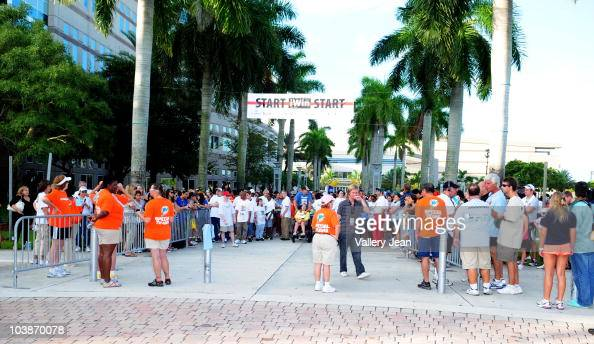General view of the starting line of Joe Jonas iWin 5K Fun Run/Walk benefiting Special Olympics Florida on the main campus of Nova Southeastern...