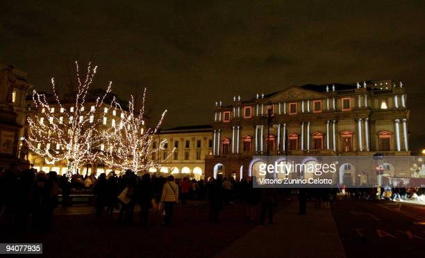 A general view of the Teatro Alla Scala during the Milan Christmas Led Festival on December 6 2009 in Milan Italy