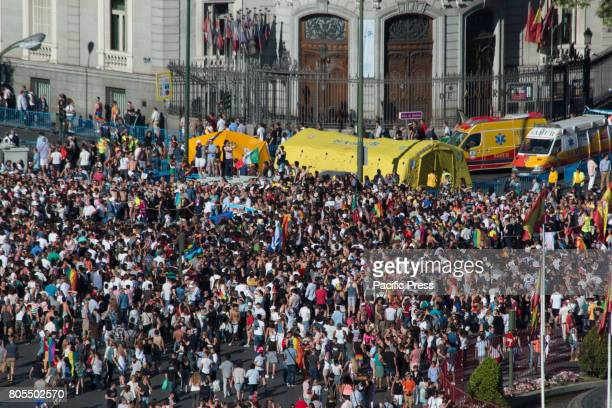 A general view of the thousands of people who came to the march of World Pride in Plaza de Cibeles