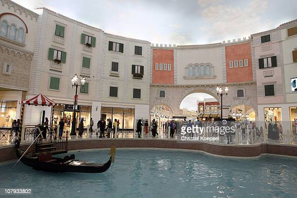 General view of the Villagio shopping mall on January 8 2011 in Doha Qatar Doha's biggest shopping mall called Villagio looks like little Venice with...