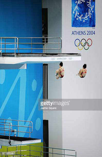 General view of the women's synchronised diving 10 metre platform event on August 16 2004 during the Athens 2004 Summer Olympic Games at the Aquatic...