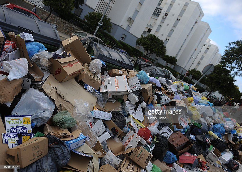 General view of uncollected garbage during the 21st day of the garbage collectors strike on November 22, 2012 in Jerez de la Frontera, Spain. The garbage collectors agreed on November 22nd to a compromise deal saving 123 job redundancies due to be cut in return for salary reductions.