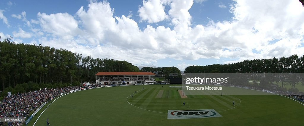A general view of University Oval during the HRV T20 Final match between the Otago Volts and the Wellington Firebirds at University Oval on January 20, 2013 in Dunedin, New Zealand.