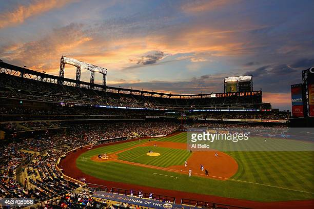 General view outfield the game between the New York Mets and the Chicago Cubs during their game on August 16 2014 at Citi Field in the Flushing...