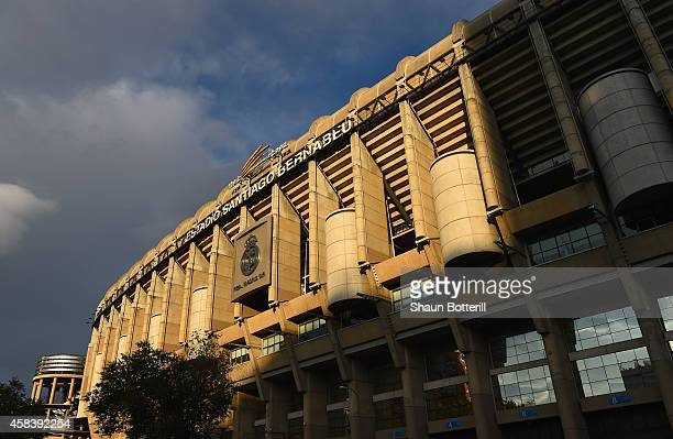 A general view prior to the UEFA Champions League Group B match between Real Madrid CF and Liverpool FC at Estadio Santiago Bernabeu on November 4...
