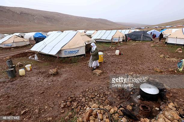 A general view shows a makeshift camp for displaced Iraqi people from the Yazidi community who fled violence between Islamic State group jihadists...