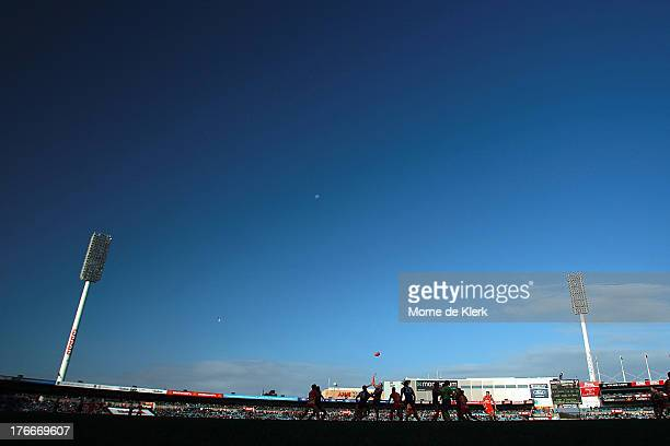 A general view shows play during the round 21 AFL match between Port Adelaide Power and the Gold Coast Suns at AAMI Stadium on August 17 2013 in...