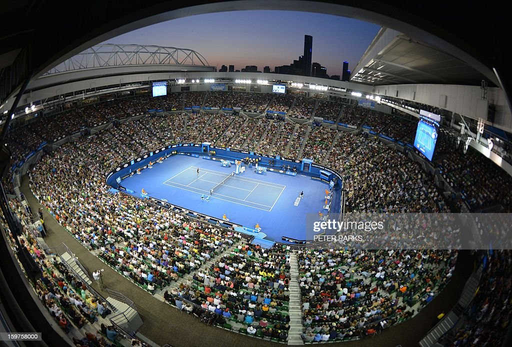 A general view shows Switzerland's Stanislas Wawrinka and Serbia's Novak Djokovic during their men's singles match on day seven of the Australian Open tennis tournament in Melbourne on January 20, 2013. AFP PHOTO / PETER PARKS IMAGE STRICTLY RESTRICTED TO EDITORIAL USE - STRICTLY NO COMMERCIAL USE