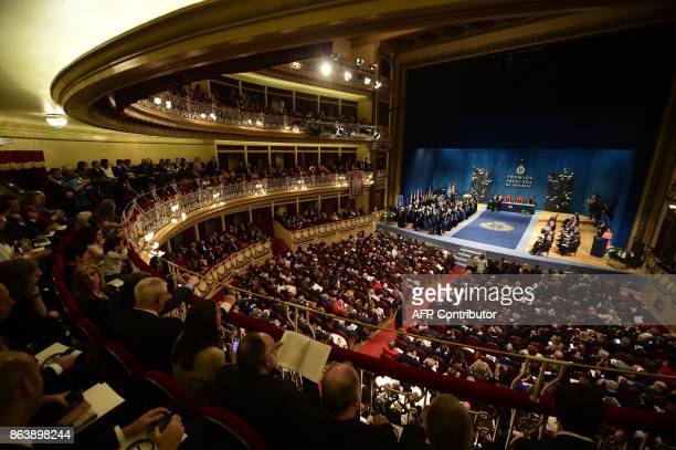 A general view shows the Campoamor Theatre in Oviedo during the Princess of Asturias Awards ceremony on October 20 2017 / AFP PHOTO / MIGUEL RIOPA