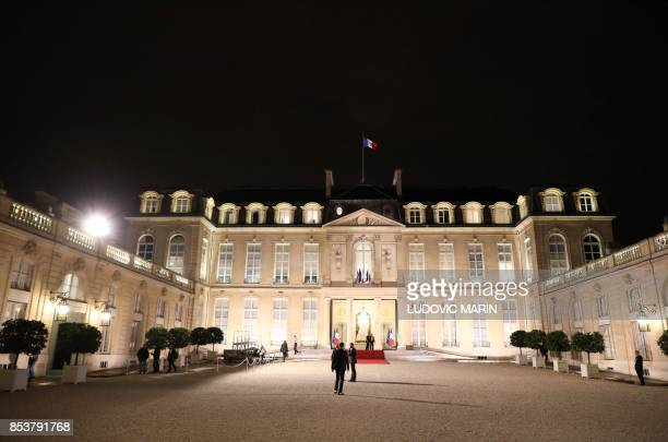 A general view shows the Elysee Presidential Palace during a state dinner for the Lebanese President in Paris on September 25 2017 / AFP PHOTO /...