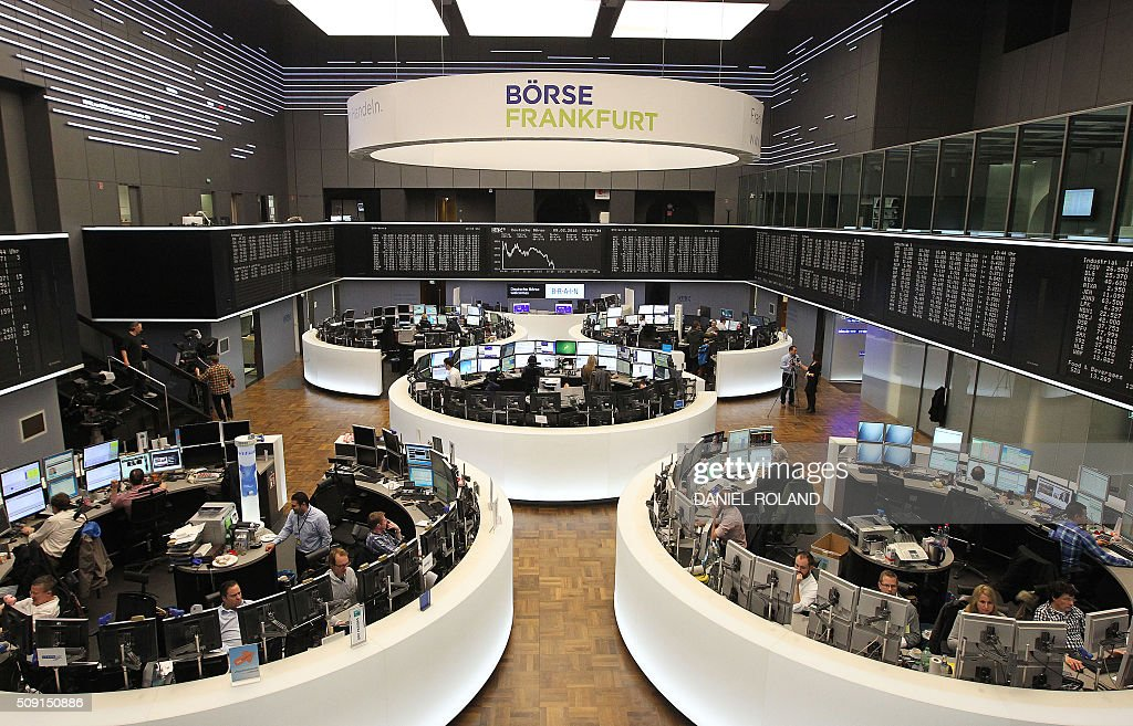 A general view shows the German stock exchange in Frankfurt, Germany, on February 9, 2016. / AFP / DANIEL ROLAND