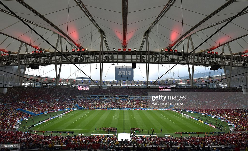 A general view shows the Maracana Stadium in Rio de Janeiro prior to a Group B football match between Spain and Chile during the 2014 FIFA World Cup on June 18, 2014. AFP PHOTO / YASUYOSHI CHIBA