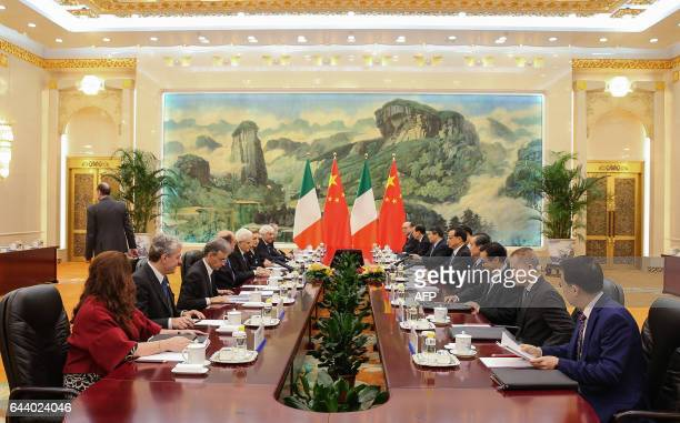 A general view shows the meeting between Chinese Premier Li Keqiang and Italian President Sergio Mattarella at the Great Hall of the People in...