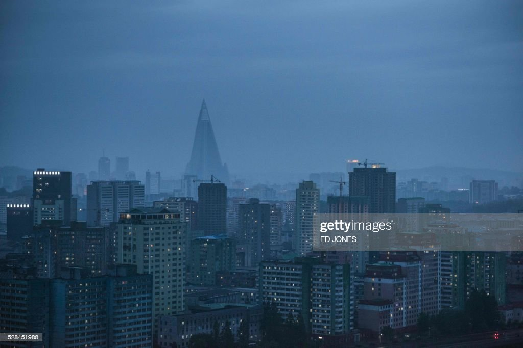 A general view shows the skyline of Pyongyang on May 5, 2016. North Korea readied to kick off its most important ruling party gathering for nearly 40 years, amid persistent concerns of a nuclear test, despite no clear signs of an imminent detonation. / AFP / Ed Jones