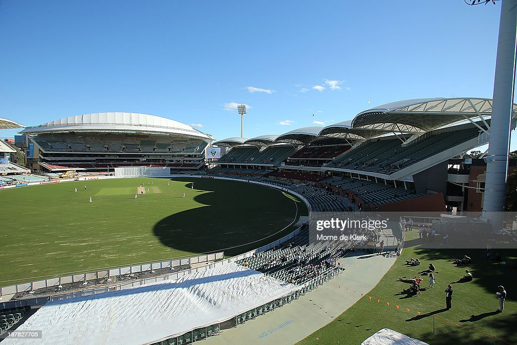A general view shows the southern and western stands during day one of the Sheffield Shield match between the Redbacks and the Warriors at Adelaide Oval on November 13, 2013 in Adelaide, Australia.