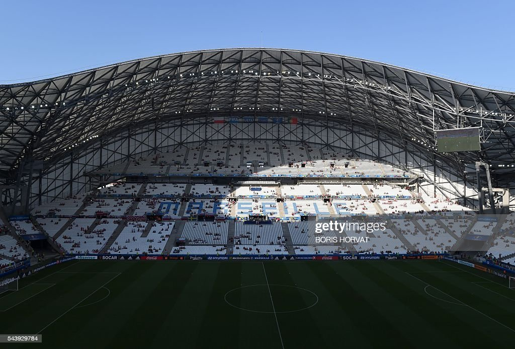 A general view taken ahead the Euro 2016 quarter-final football match between Poland and Portugal shows the Stade Velodrome in Marseille on June 30, 2016. / AFP / BORIS