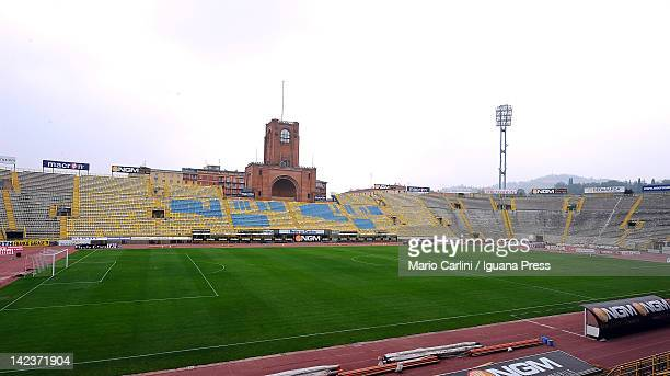 General view taken during the Serie A match between Bologna FC and US Citta di Palermo at Stadio Renato Dall'Ara on April 1 2012 in Bologna Italy
