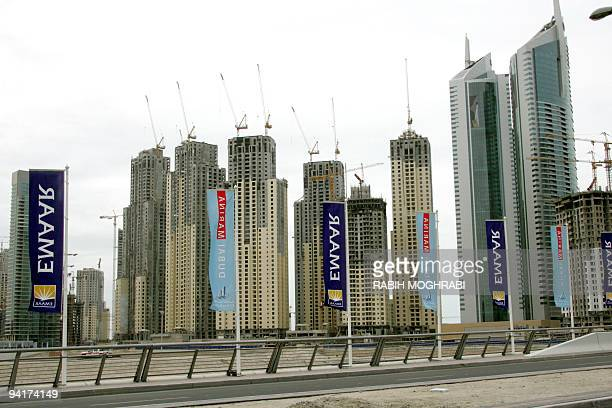 A general view taken on 07 April 2006 of Dubai's Marina area shows several highrise buildings being built by UAEbased EMAAR the world's largest real...