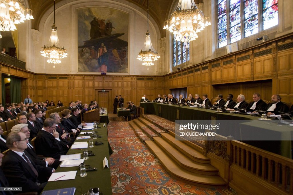 A general view taken on May 26, 2008 in The Hague shows the International Court of Justice hearing a complaint filed in 1999 by Croatia against Serbia, alleging a program of 'ethnic cleansing' during the 1991-1995 war in Croatia was directly controlled from Belgrade. Serbia argued before the UN's highest court on May 26, 2008 that crimes committed in the early 1990s war in Croatia did not amount to an act of genocide as alleged a complaint filed by Zagreb. AFP PHOTO / ED OUDENAARDEN -Netherlands out - Belgium out-