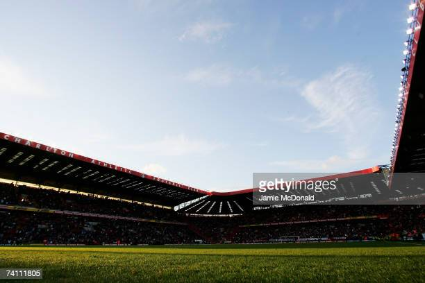 A general view taken prior to the Barclays Premiership match between Charlton Athletic and Tottenham Hotspur at The Valley on May 7 2006 in London...