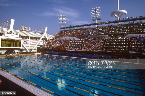 Catalan federation stock photos and pictures getty images for Piscines picornell