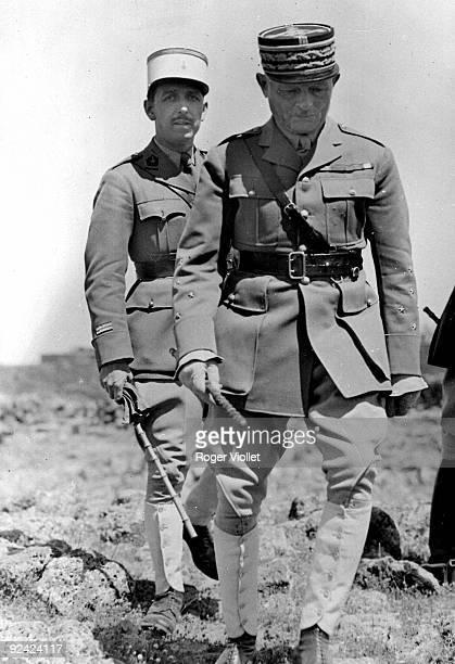 General Weygand and Lieutenant de Leusse attending operations at Jabal adDuruz 1939
