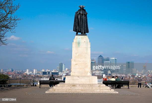 General Wolfe at Greenwich overlooking Canary Wharf