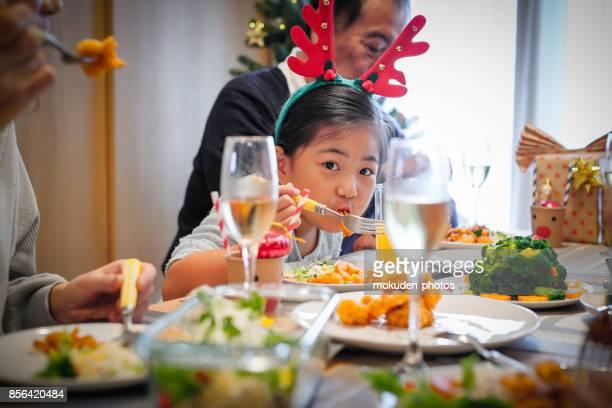 世代家族クリスマス ディナー
