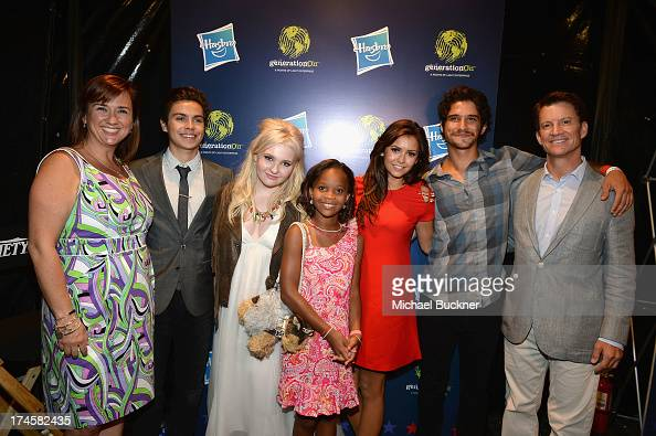 generationOn Executive Director Concetta Anne Bencivenga honorees Jake T Austin Abigail Breslin Quvenzhane Wallis Nina Dobrev and Tyler Posey and...
