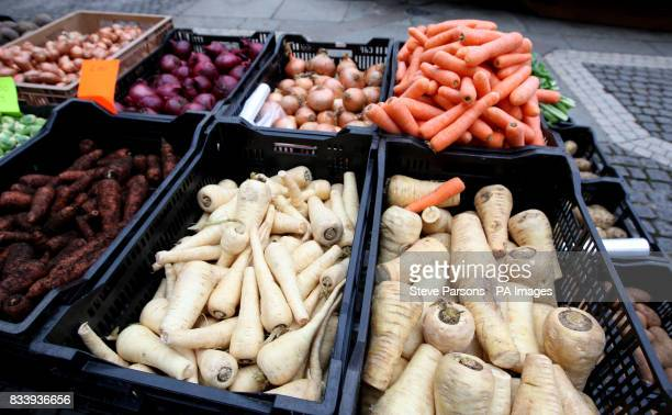 Generic shot of a fruit and veg stall at a farmers market in Richmond Surry PRESS ASSOCIATION Photo Picture date Saturday November 24 2007 Photo...