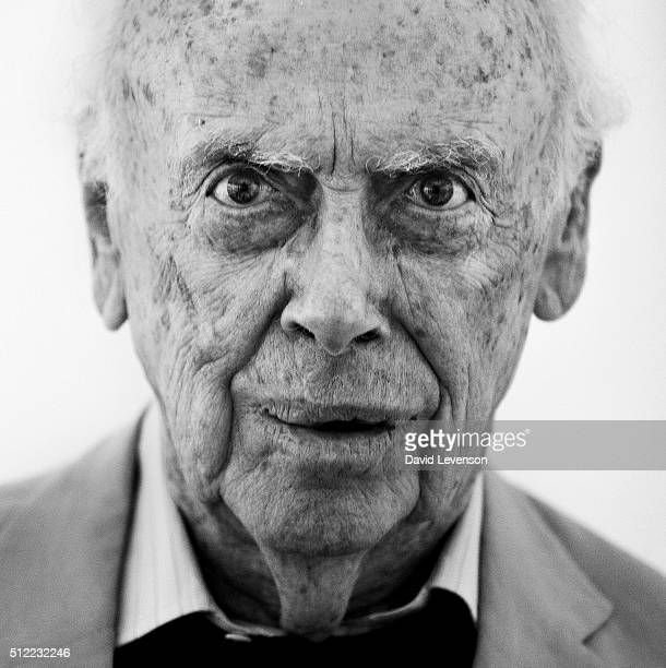Geneticist James DWatson best known as the codiscoverer of the structure of DNA in 1953 with Francis Crick attends the Hay Festival on June 3 2012 in...