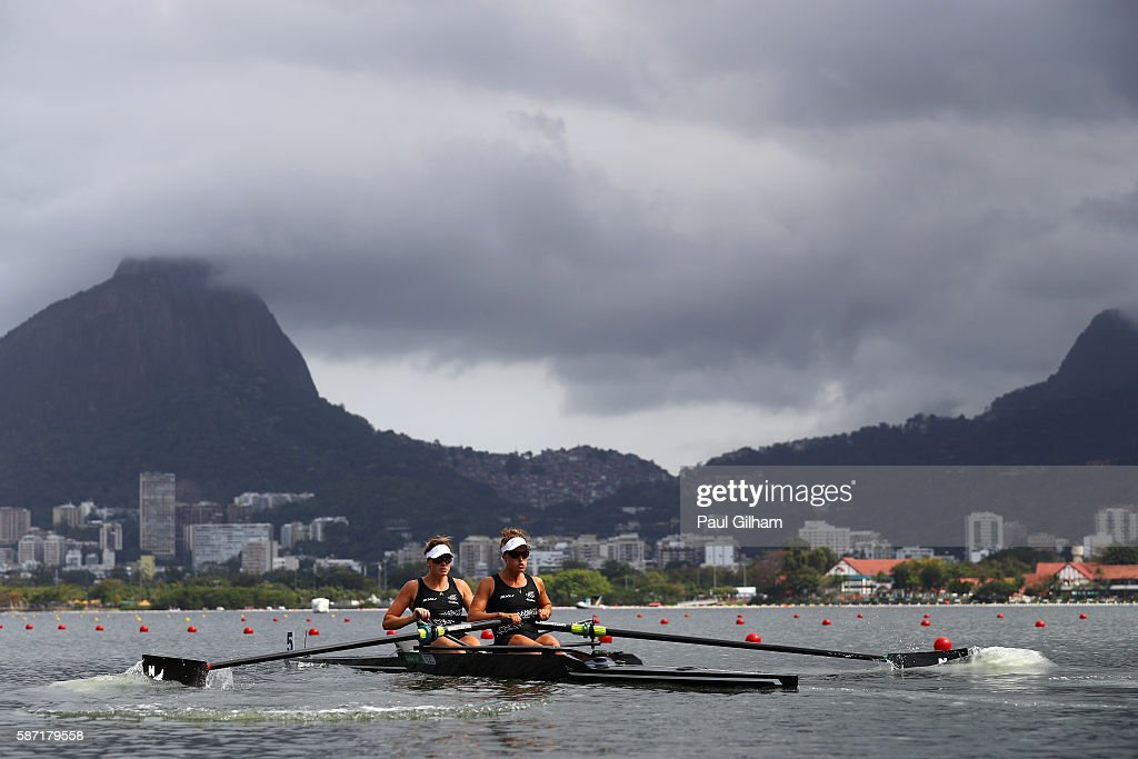 Genevieve Berhent and Rebecca Scown of New Zealand in action during the Women's Pair Repechage 2 on Day 3 of the Rio 2016 Olympic Games at the Lagoa...