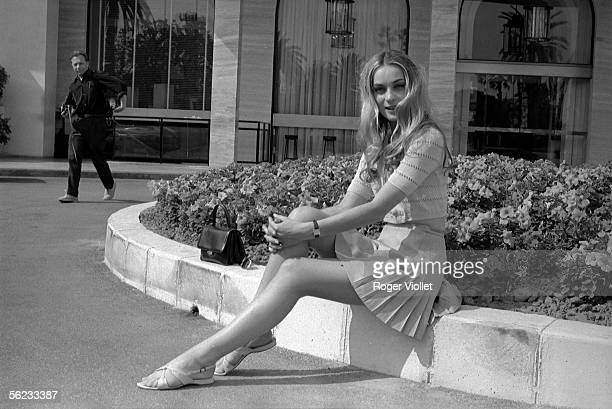 Genevieve Grad French comedienne France Cannes Film Festival 1967 HA195226