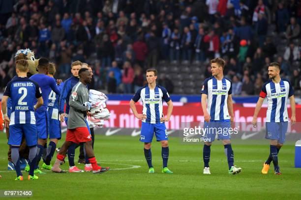 Genki Haraguchi Naby Keïta of RB Leipzig Vladimir Darida Sebastian Langkamp and Vedad Ibisevic of Hertha BSC during the game between Hertha BSC and...