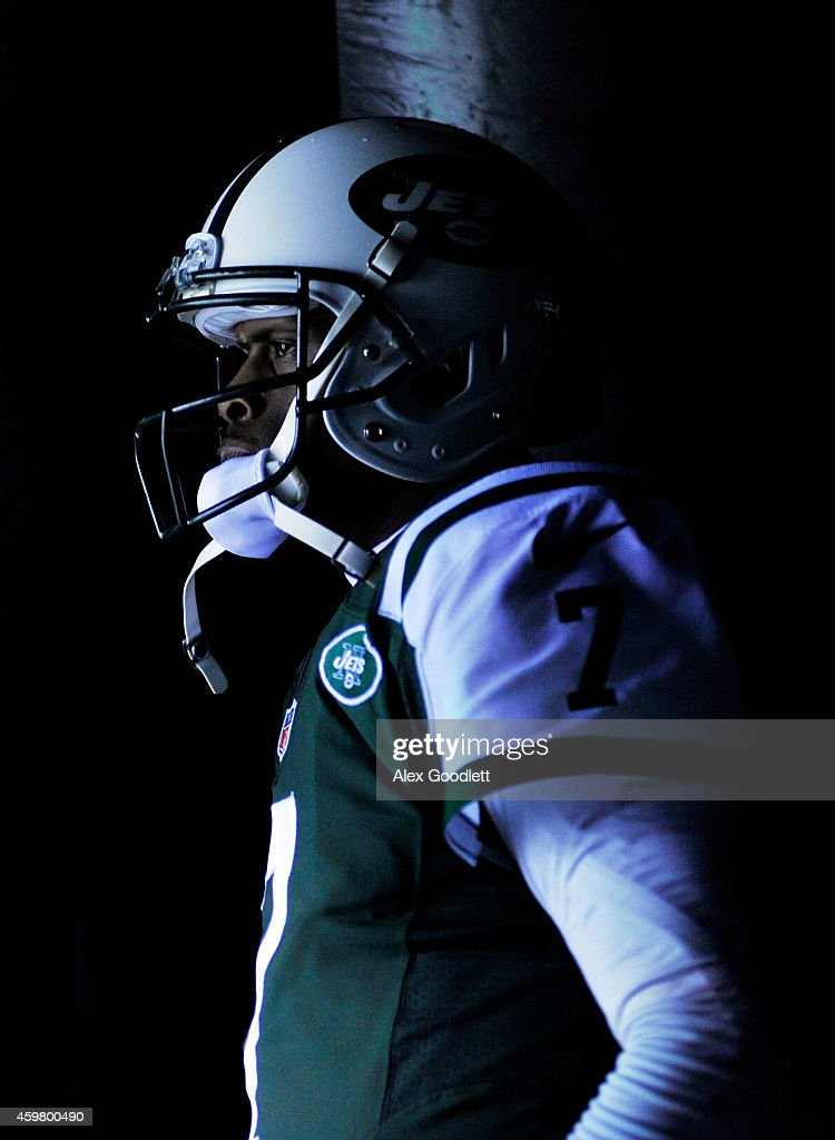 <a gi-track='captionPersonalityLinkClicked' href=/galleries/search?phrase=Geno+Smith&family=editorial&specificpeople=6379793 ng-click='$event.stopPropagation()'>Geno Smith</a> #7 of the New York Jets looks on from the tunnel prior to taking the field for their game against the Miami Dolphins at MetLife Stadium on December 1, 2014 in East Rutherford, New Jersey.
