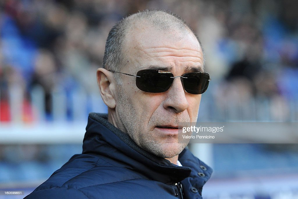Genoa CFC head coach <a gi-track='captionPersonalityLinkClicked' href=/galleries/search?phrase=Davide+Ballardini&family=editorial&specificpeople=5572245 ng-click='$event.stopPropagation()'>Davide Ballardini</a> looks on prior to the Serie A match between Genoa CFC and SS Lazio at Stadio Luigi Ferraris on February 3, 2013 in Genoa, Italy.