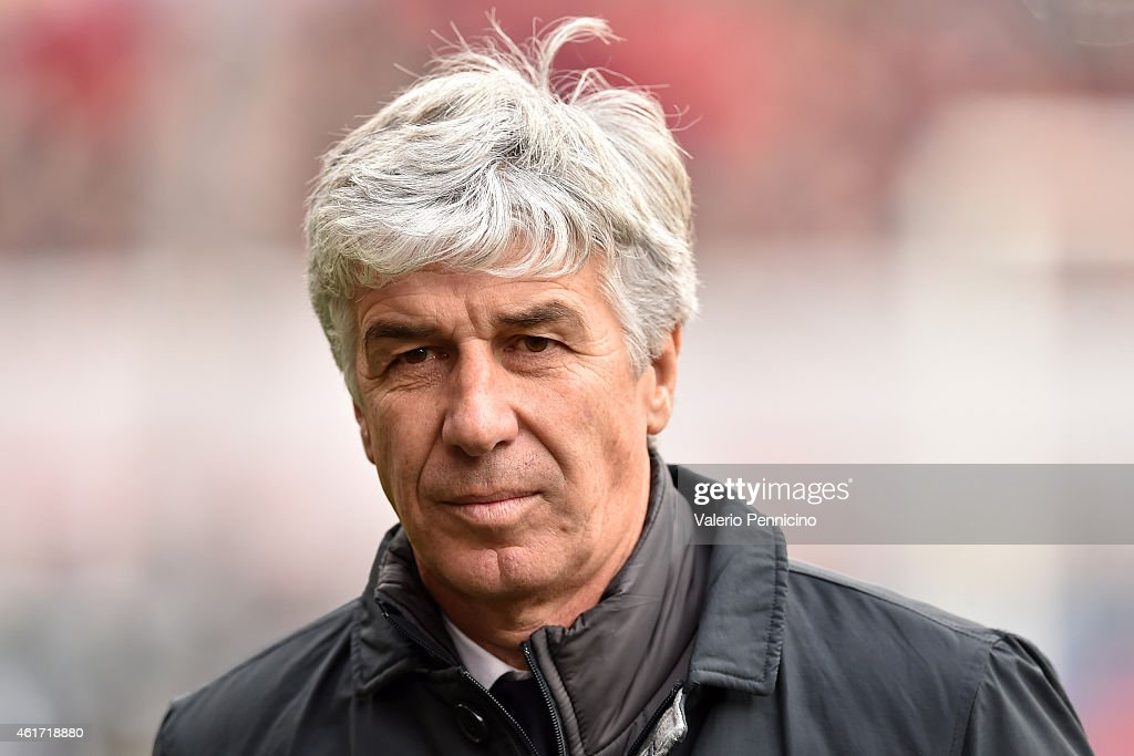 Genoa CFC head coach <a gi-track='captionPersonalityLinkClicked' href=/galleries/search?phrase=Gian+Piero+Gasperini&family=editorial&specificpeople=4667555 ng-click='$event.stopPropagation()'>Gian Piero Gasperini</a> looks on during the Serie A match between Genoa CFC and US Sassuolo Calcio at Stadio Luigi Ferraris on January 18, 2015 in Genoa, Italy.